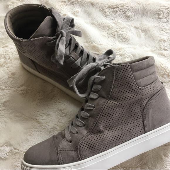 c08c55c85f6 Steve Madden Demmie sneaker, size 8